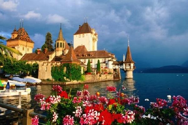 Du Học Blue Bell - Thụy Sĩ